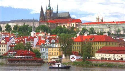Если вас не интересуют пляжи — отдохните в Праге и насладитесь архитектурными достопримечательностями